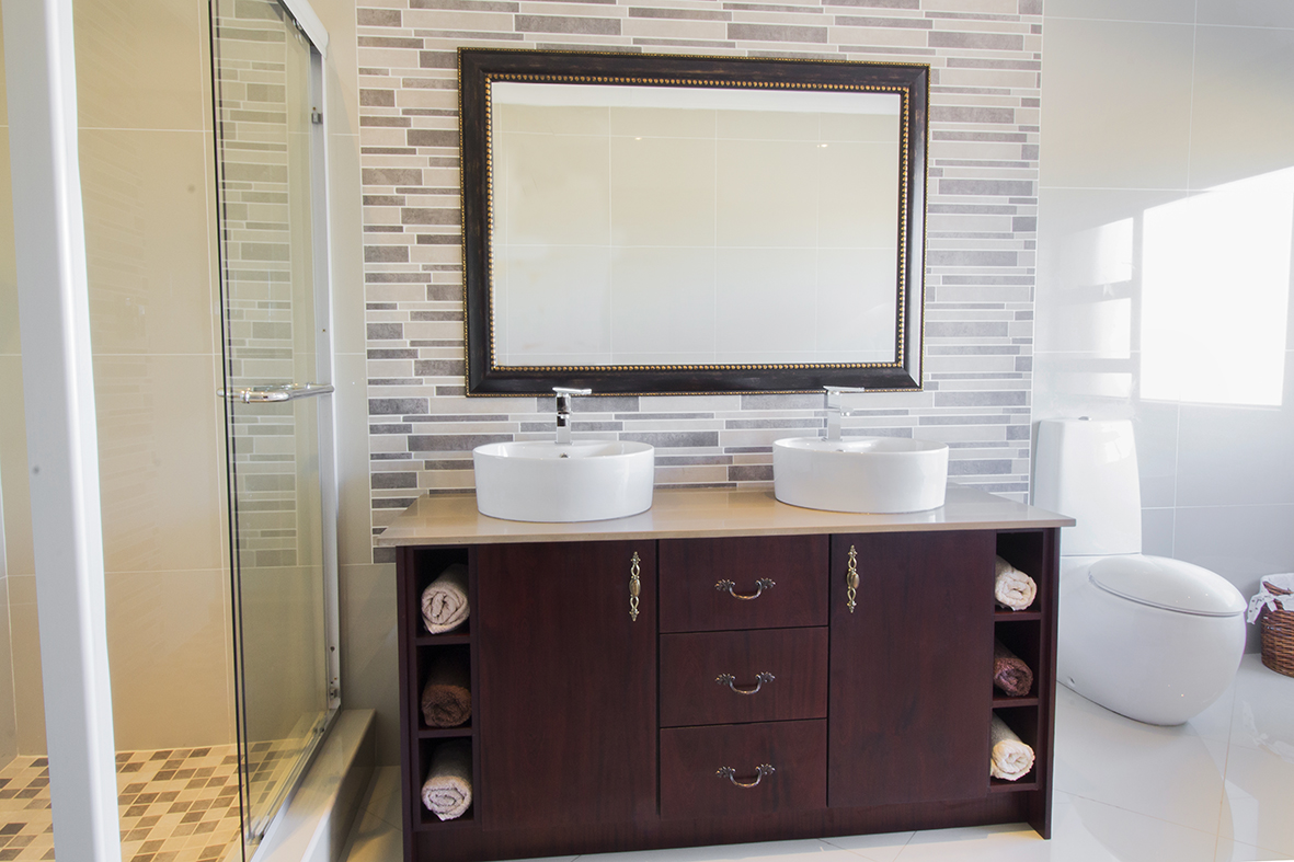 Focus on bathroom vanity units kitchen frontiers for Bathroom cabinets co za